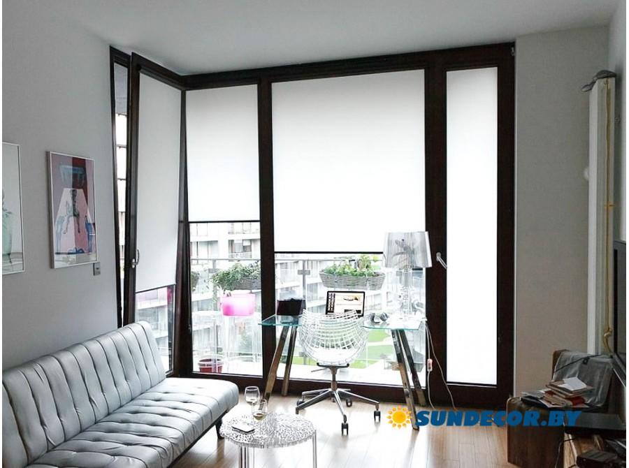 Кассетные рольшторы для панорамного окна